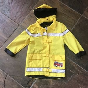 Other - 4T boys raincoat. Velcro closures. Fireman's 🚒.